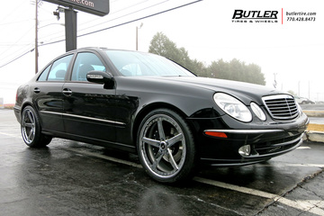 Mercedes E-Class with 20in Savini SV44 Wheels