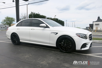Mercedes E-Class with 20in Vossen VFS1 Wheels