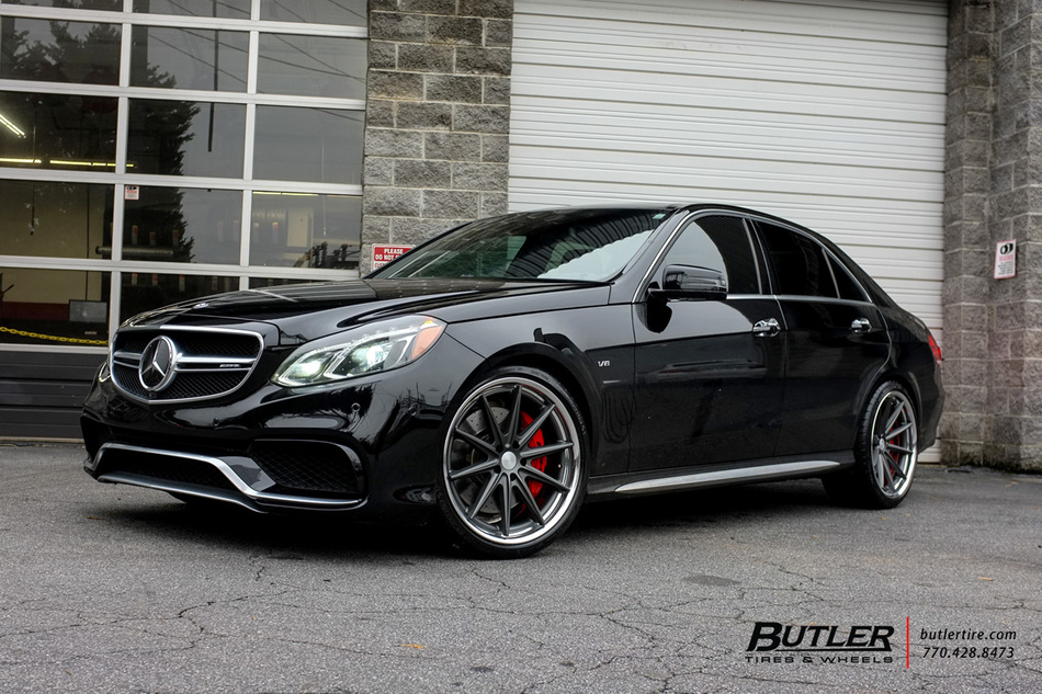 Mercedes e class with 20in vossen vws1 wheels exclusively for Mercedes benz tire inflator