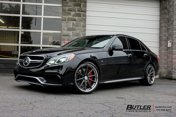 Mercedes E-Class with 20in Vossen VWS1 Wheels