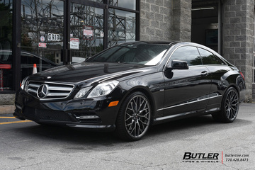 Mercedes E-Class Coupe with 20in Savini SV-F2 Wheels