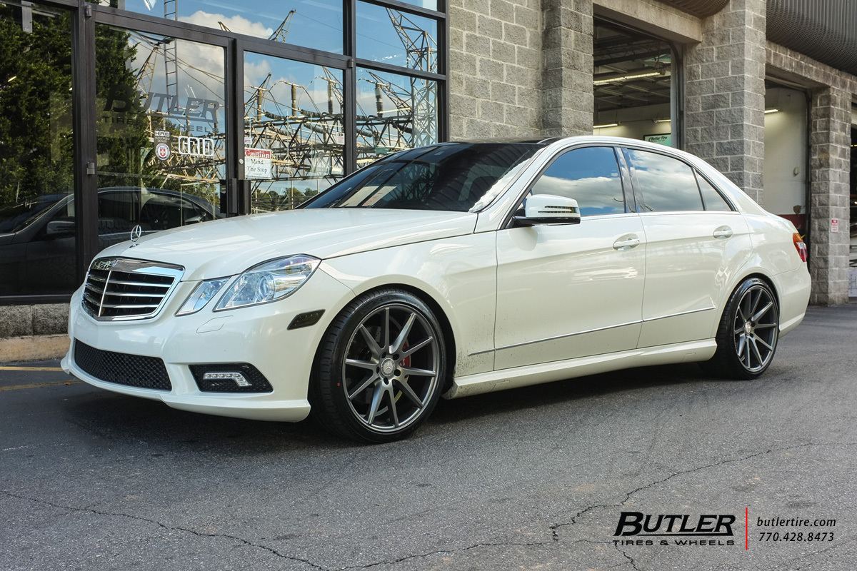 Mercedes E Class With 19in Vossen Vfs1 Wheels Exclusively