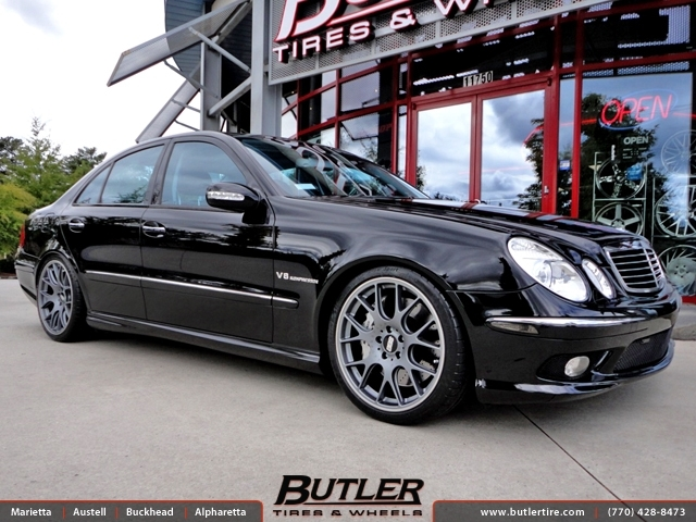 Mercedes E-Class with 19in BBS Ch-R Wheels