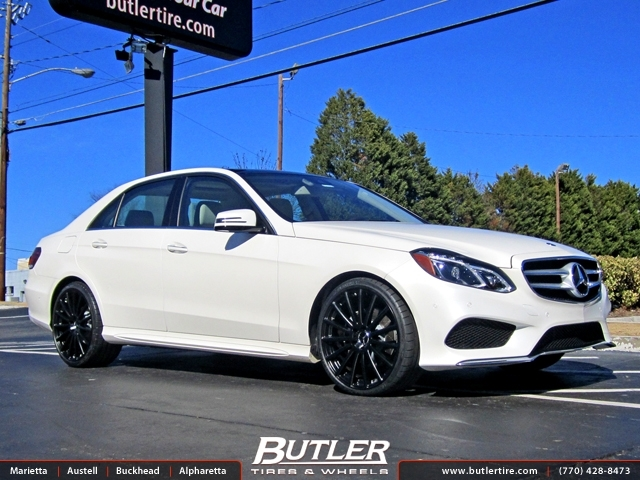 Mercedes E-Class with 19in Mandrus Rotec Wheels