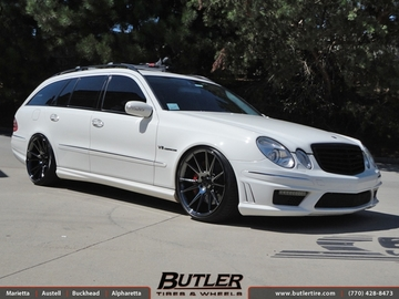 Mercedes E-Class with 20in Niche Vicenza Wheels