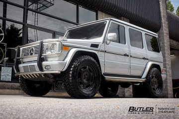 Mercedes G-Class with 20in Carlson 2 1 Wheels