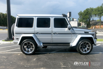 Mercedes G-Class with 22in Forgiato Flow Terra 002 Wheels