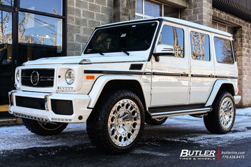 Mercedes G-Class with 22in Formula Aventerra 101 Wheels