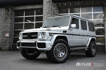 Mercedes G-Class with 22in Formula Revolution Wheels