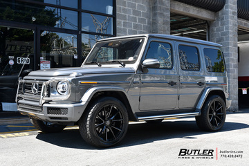 Mercedes G-Class with 22in Savini SV-F 4 Wheels