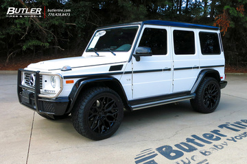 Mercedes G-Class with 22in Vossen HF-2 Wheels