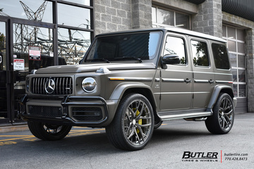Mercedes G-Class with 24in Formula FTS-101 Wheels