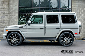 Mercedes G-Class with 24in Lexani CSS15 Wheels