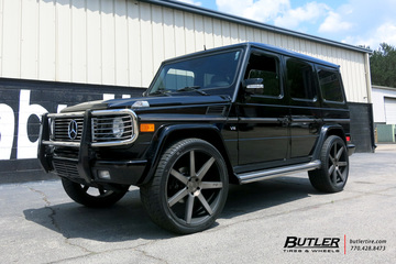 Mercedes G-Class with 24in Niche Verona Wheels