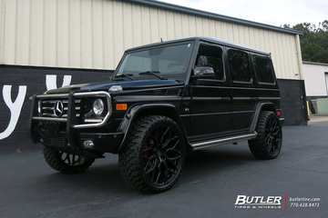 Mercedes G-Class with 24in Vossen HF-2 Wheels