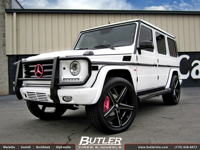 Mercedes g class with 22in lexani r four wheels for Mercedes benz tire inflator