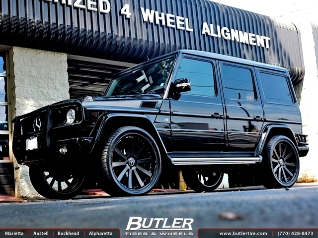 Mercedes G-Class with 24in Mint Tencavo Wheels