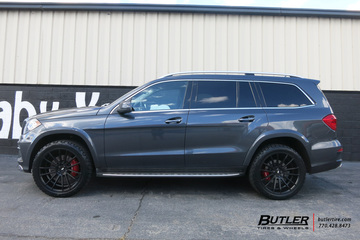 Mercedes GL-Class with 22in Savini BM9 Wheels