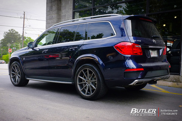 Mercedes GL-Class with 22in Vossen VFS1 Wheels