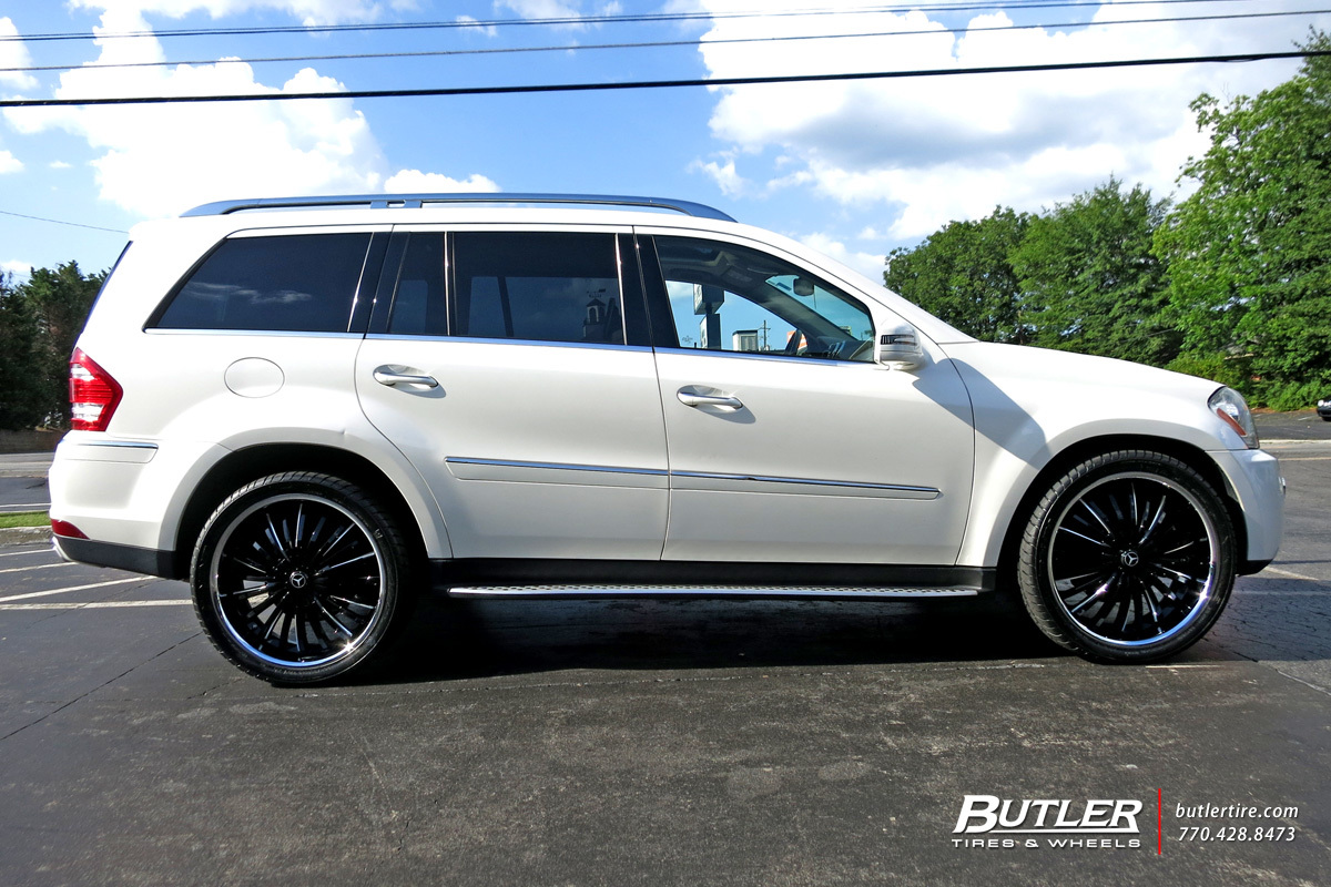 Mercedes GL-Class with 24in Lexani Royal Wheels