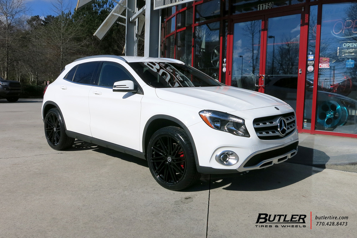 Mercedes GLA with 20in Petrol P1C Wheels
