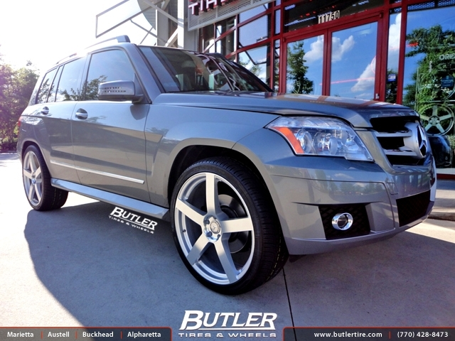 Mercedes GLK with 22in TSW Panorama Wheels