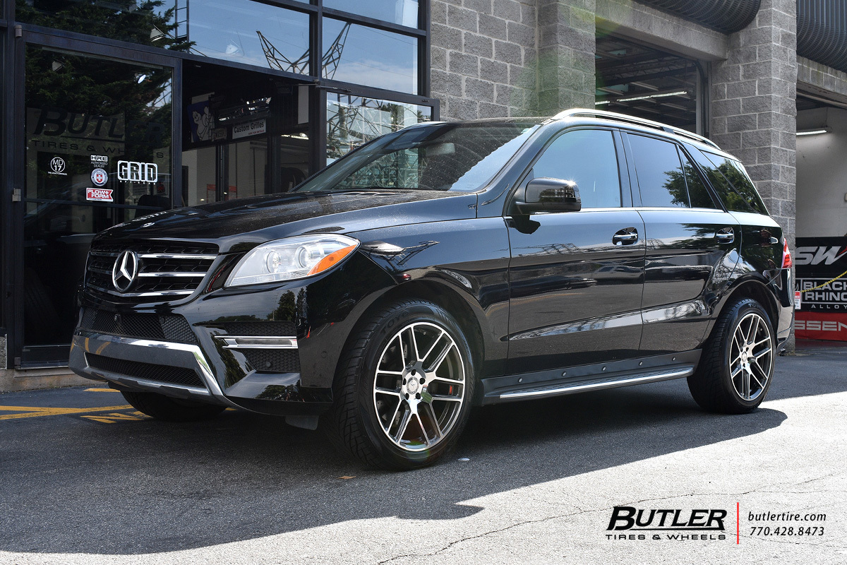 Mercedes ML-Class with 20in Mandrus Otto Wheels