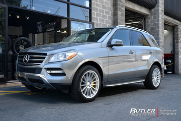 Mercedes ML-Class with 20in Mandrus Stirling Wheels