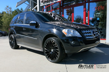 Mercedes ML-Class with 22in Lexani Wraith Wheels