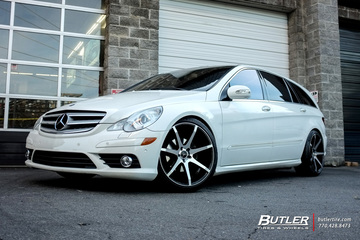 Mercedes R-Class with 22in Savini BM10 Wheels
