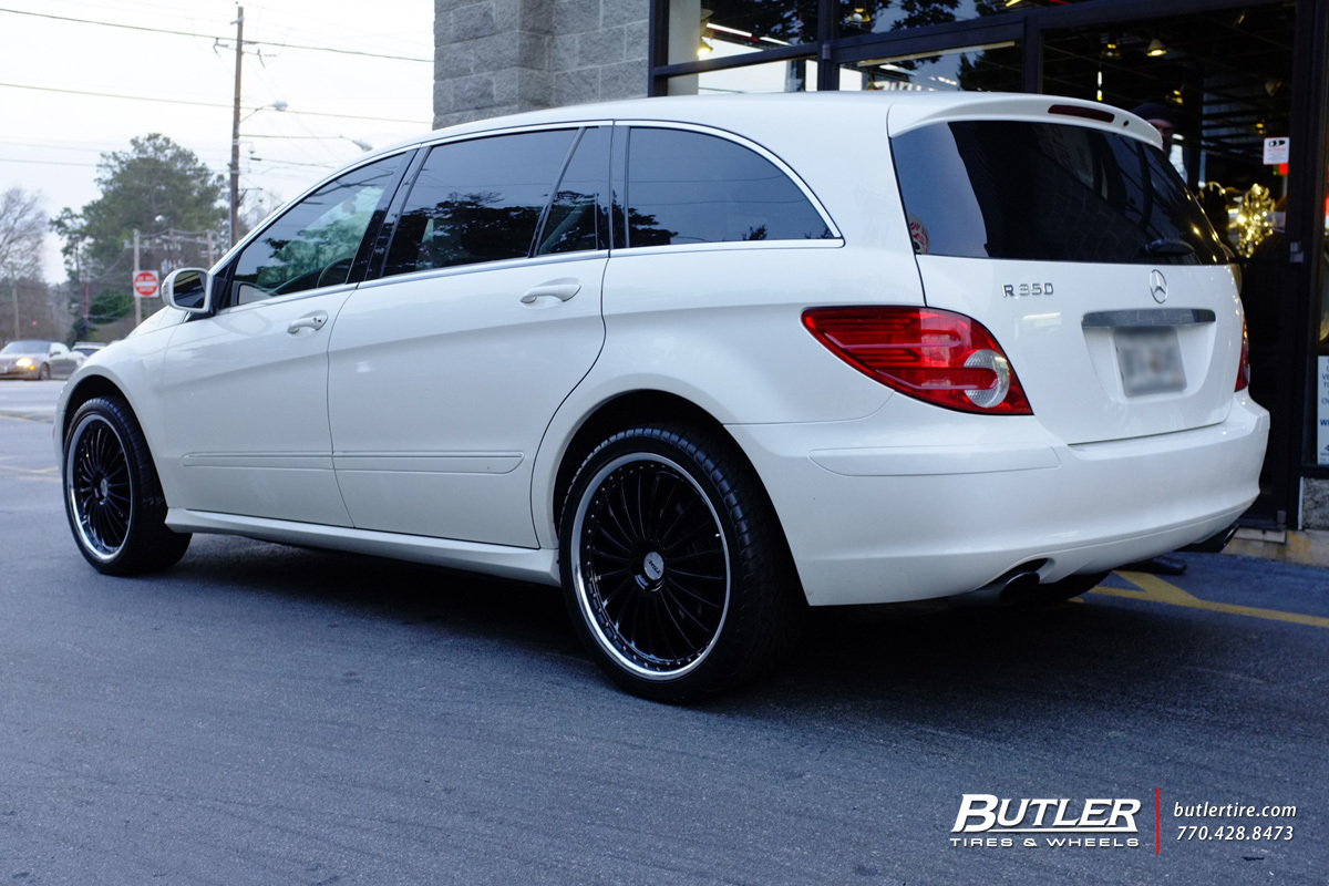 Mercedes R-Class with 22in TSW Silverstone Wheels