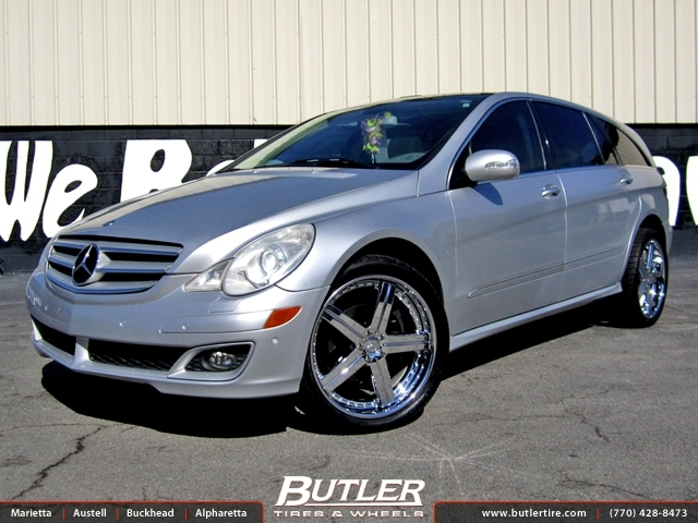 Mercedes R-Class with 22in Mandrus Stuttgart Wheels