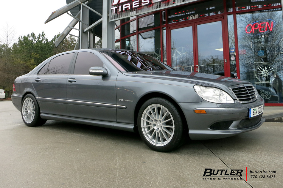 Mercedes s class with 18in mandrus stirling wheels for Mercedes benz tire inflator