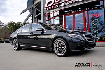 Mercedes S-Class with 20in Lexani LF704 Wheels