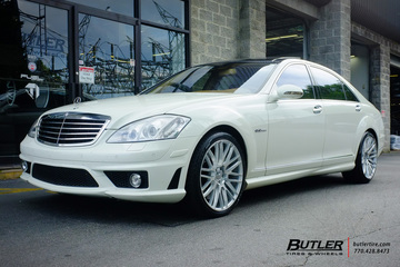 Mercedes S-Class with 20in Savini BM13 Wheels