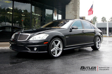 Mercedes S-Class with 20in TSW Molteno Wheels
