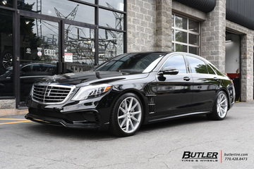 Mercedes S-Class with 20in Vossen VFS1 Wheels