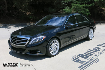 Mercedes S-Class with 20in Vossen VFS4 Wheels