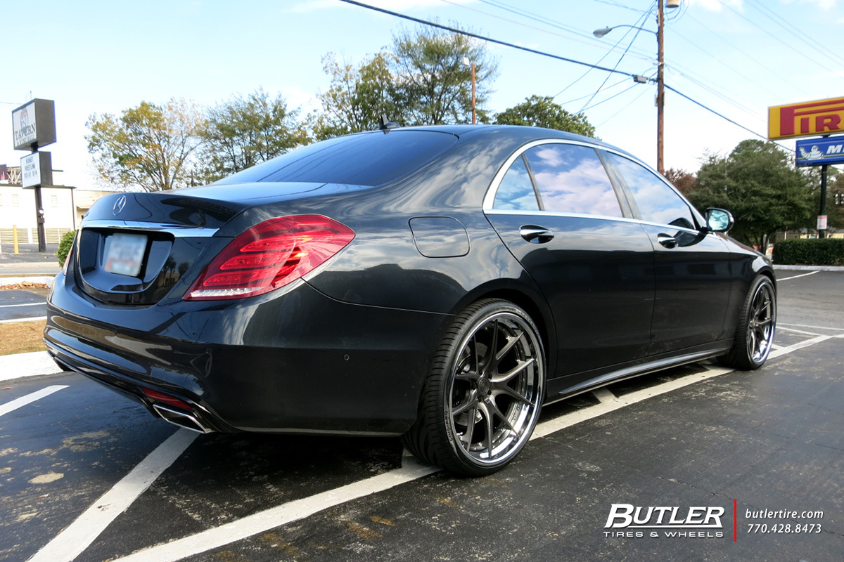 Mercedes S-Class with 22in Avant Garde AGL23 Wheels
