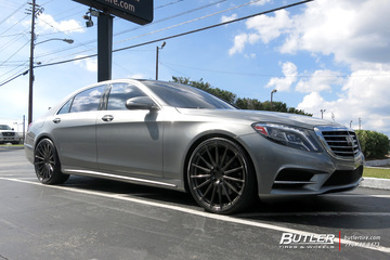 Mercedes S-Class with 22in Avant Garde M615 Wheels