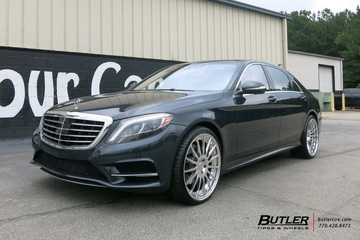 Mercedes S-Class with 22in Forgiato Tec 2.3 Wheels