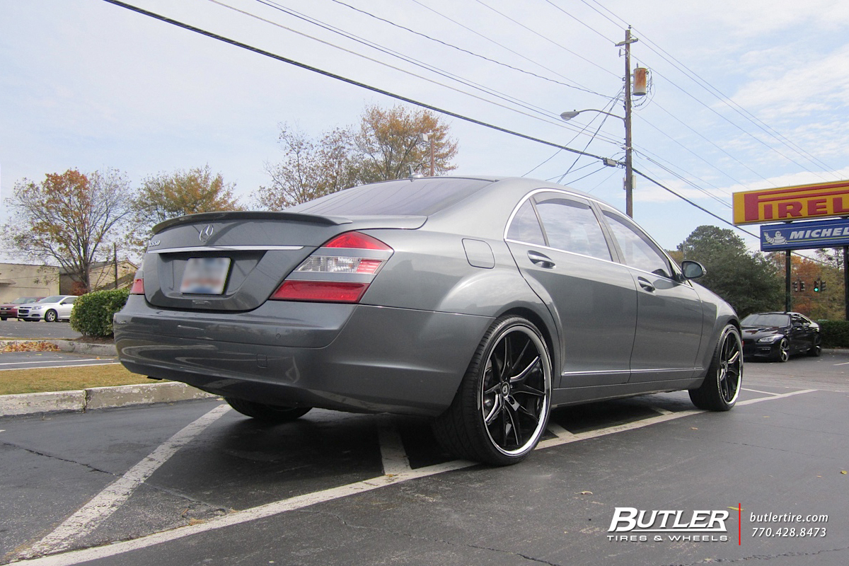 Mercedes S-Class with 22in Lexani R-Twelve Wheels
