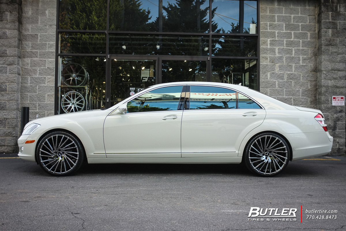 Mercedes S-Class with 22in Lexani Wraith Wheels