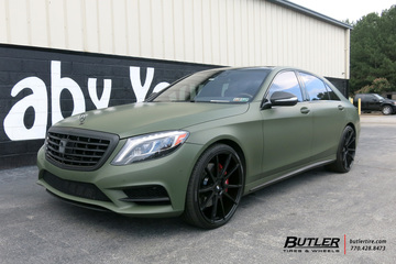 Mercedes S-Class with 22in Savini BM12 Wheels