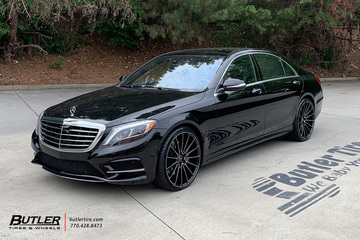 Mercedes S-Class with 22in Savini BM16 Wheels