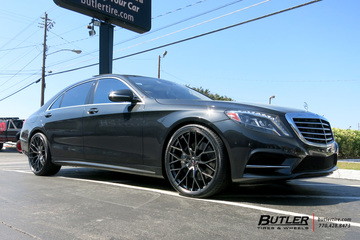 Mercedes S-Class with 22in Savini SV-F 2 Wheels