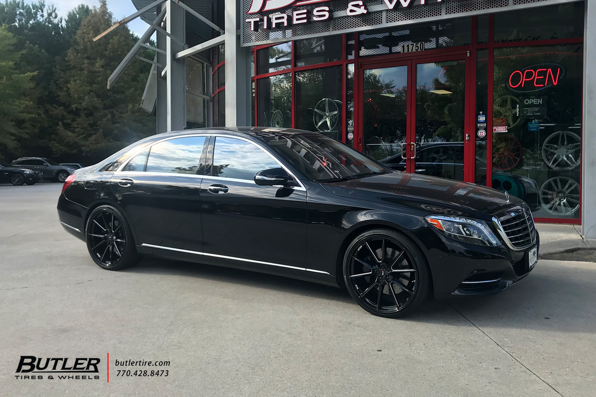 Mercedes S-Class with 22in Savini SV-F 4 Wheels