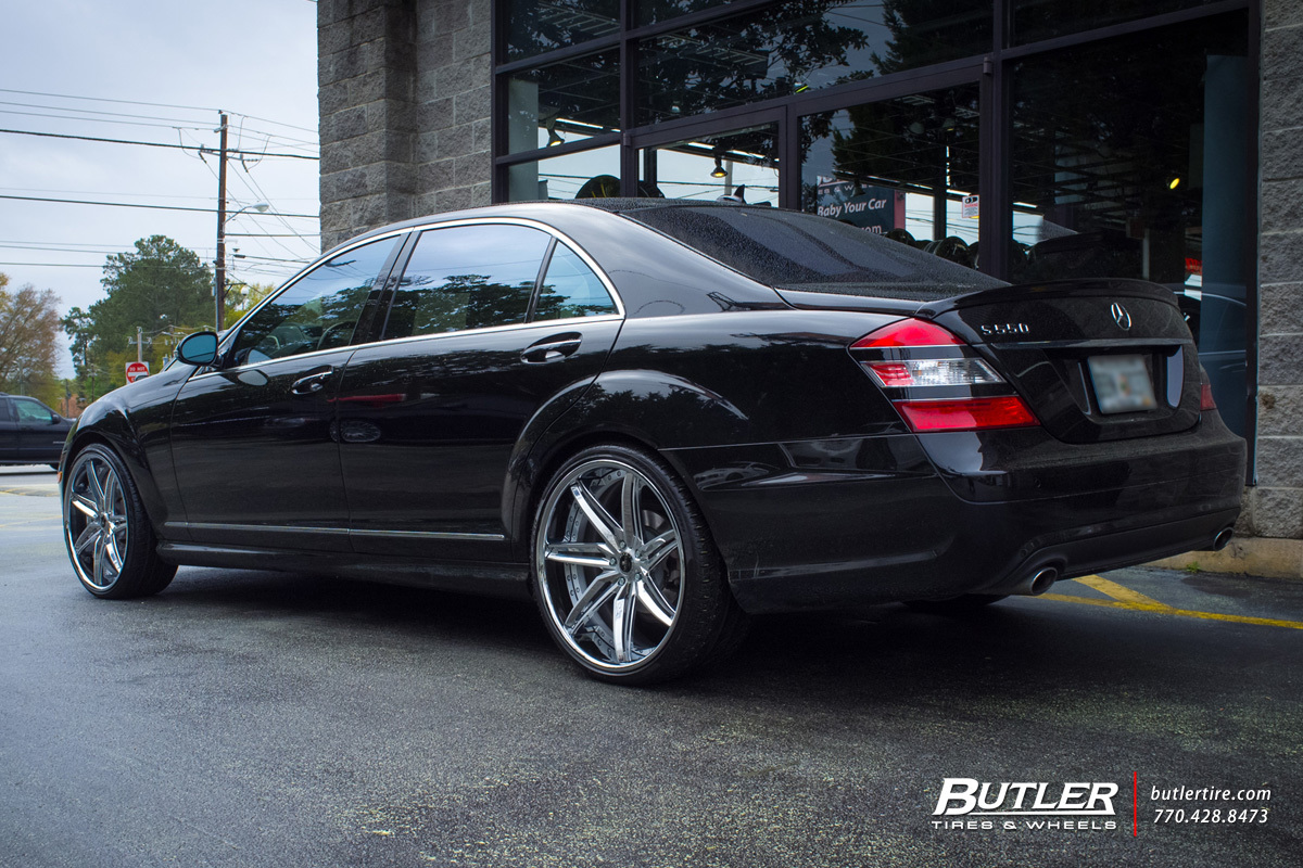 Mercedes S-Class with 22in Savini SV58c Wheels