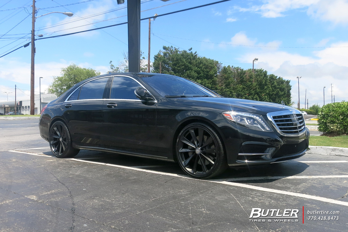 Mercedes S-Class with 22in TSW Aileron Wheels