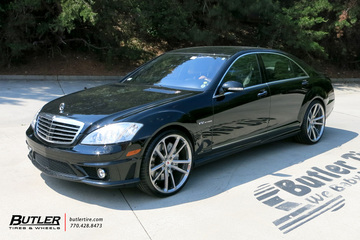 Mercedes S-Class with 22in Vossen CG-203 Wheels